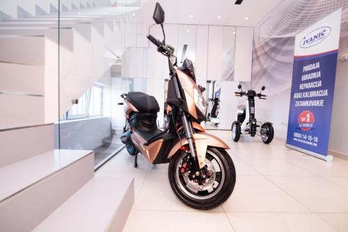 elektricni skuter